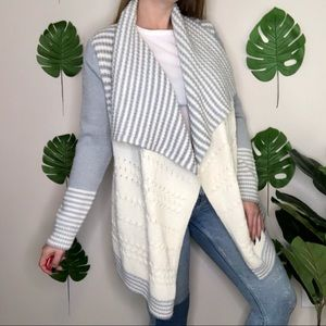 Gap Chunky Cable Knit Heatered Gray Open Cardigan